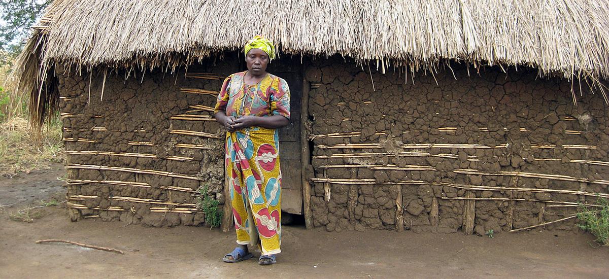 Janet (2009), Peopleweaver (Kyangwali)